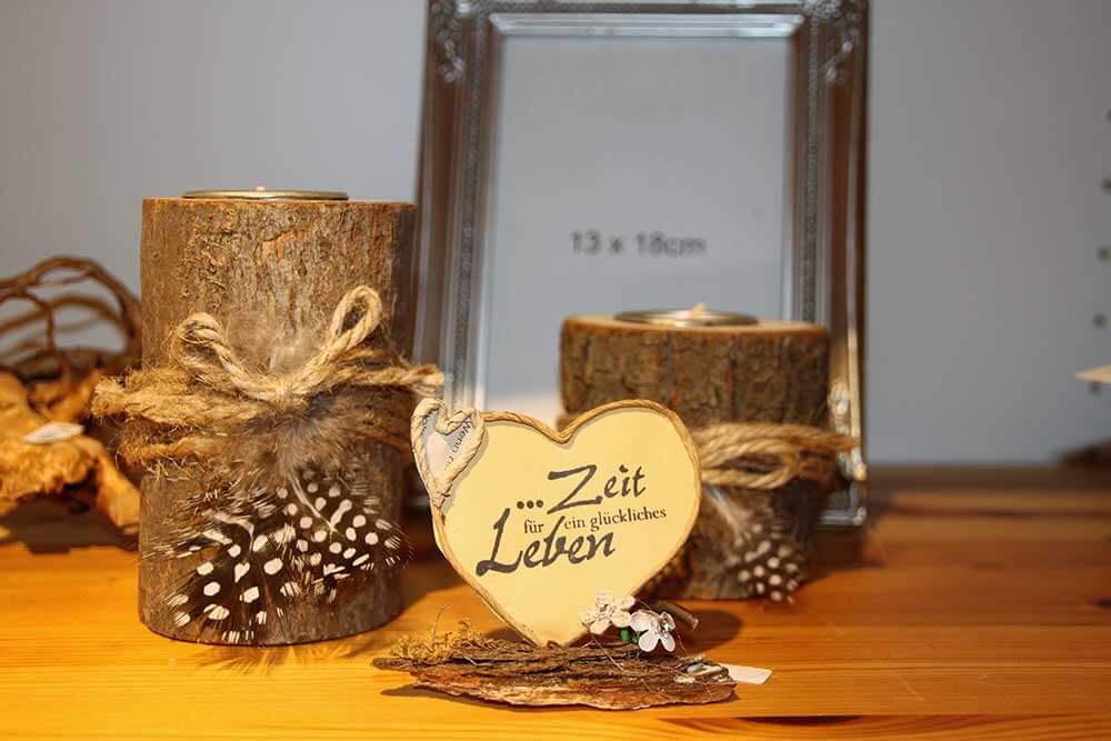 Kleine Kunststube - Kunstgewerbe - Naturholz Deko