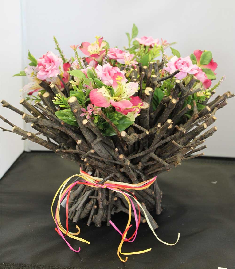 Kleine Kunststube - Kunstgewerbe - Seidenblume in Weide