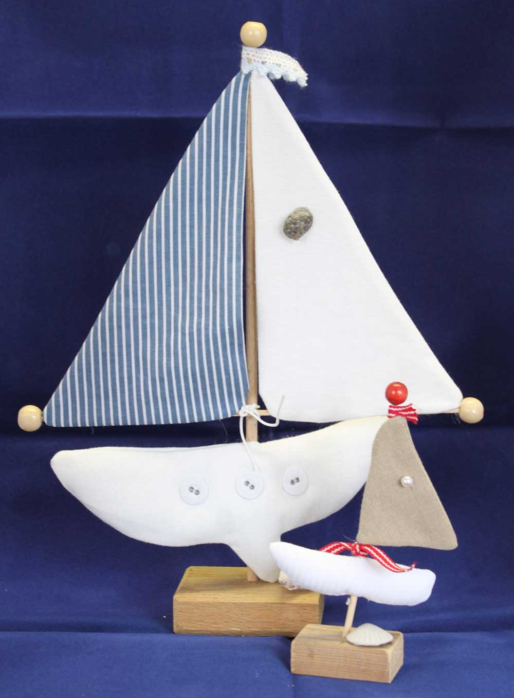 Kleine Kunststube - Kunstgewerbe - Stoff Segelboot