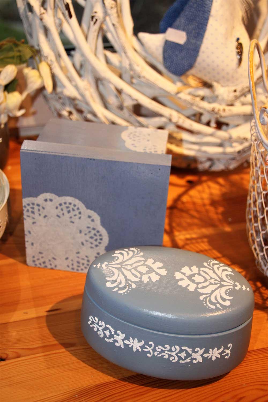 Kleine Kunststube - Kunstgewerbe - Blaue Dosen