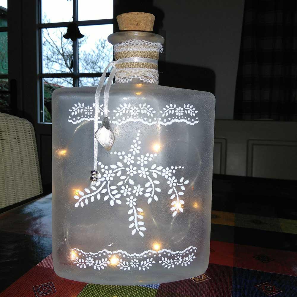 Kleine Kunststube - Kunstgewerbe - Großes Flaschenlicht